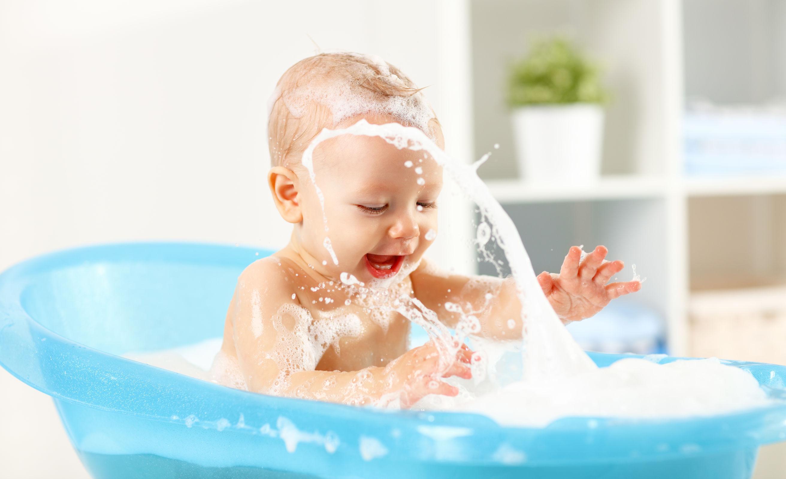 Jak pielęgnować skórę noworodków i niemowląt ?