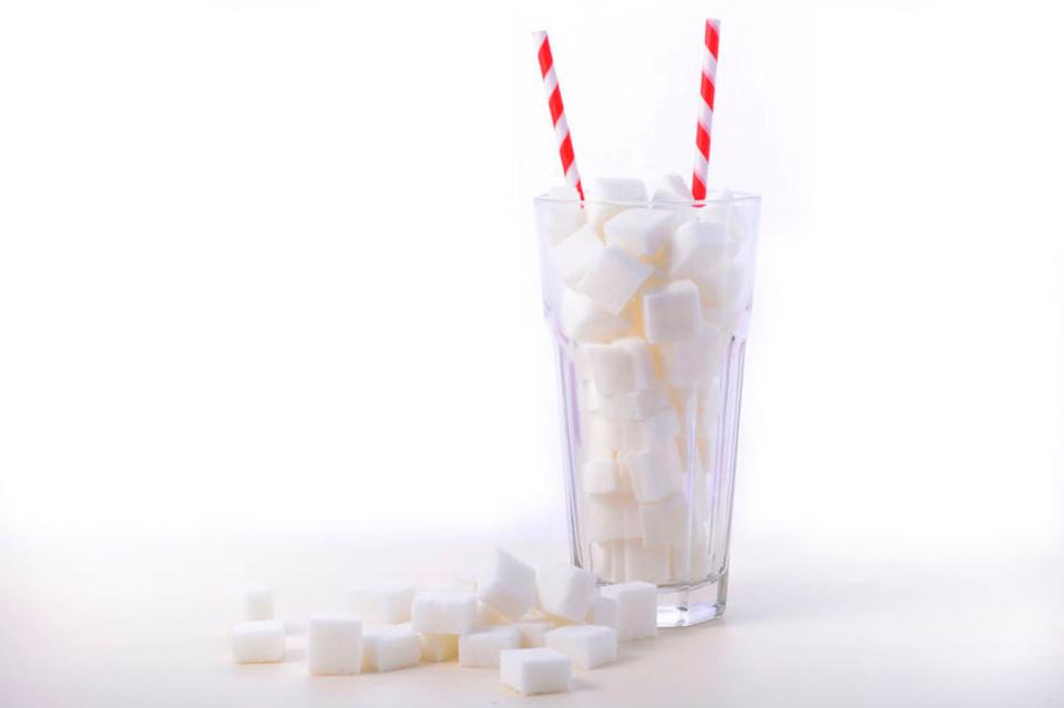 Po co w diecie biały cukier? Profilaktyczny podatek cukrowy