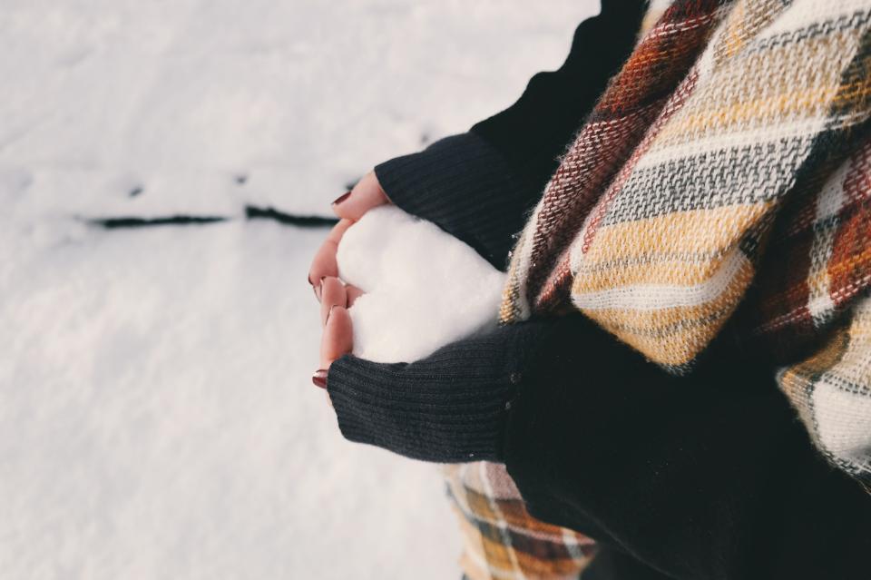 Czy mróz jest zdrowy? Jak zdrowo korzystać z zimowych dni