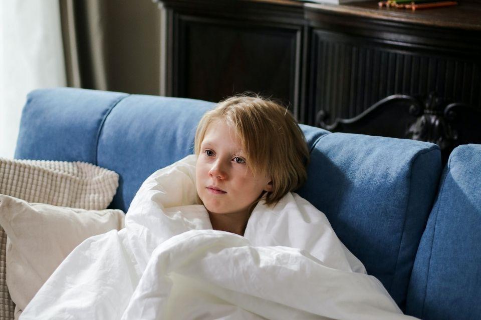 Co na kaszel u dziecka? Domowe sposoby i naturalne składniki