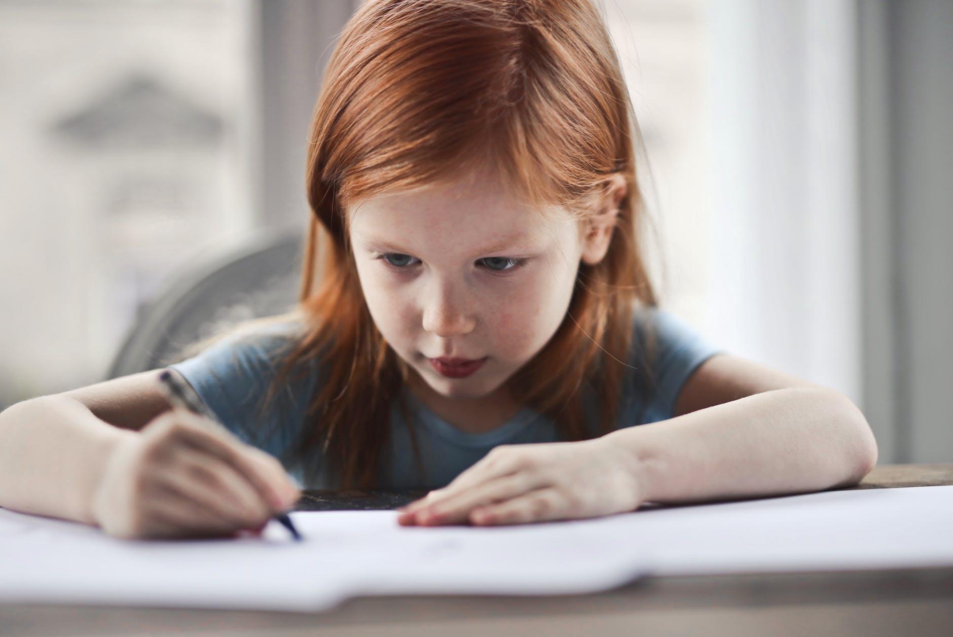 Odrabianie lekcji bez stresu. 6 zdrowych zasad